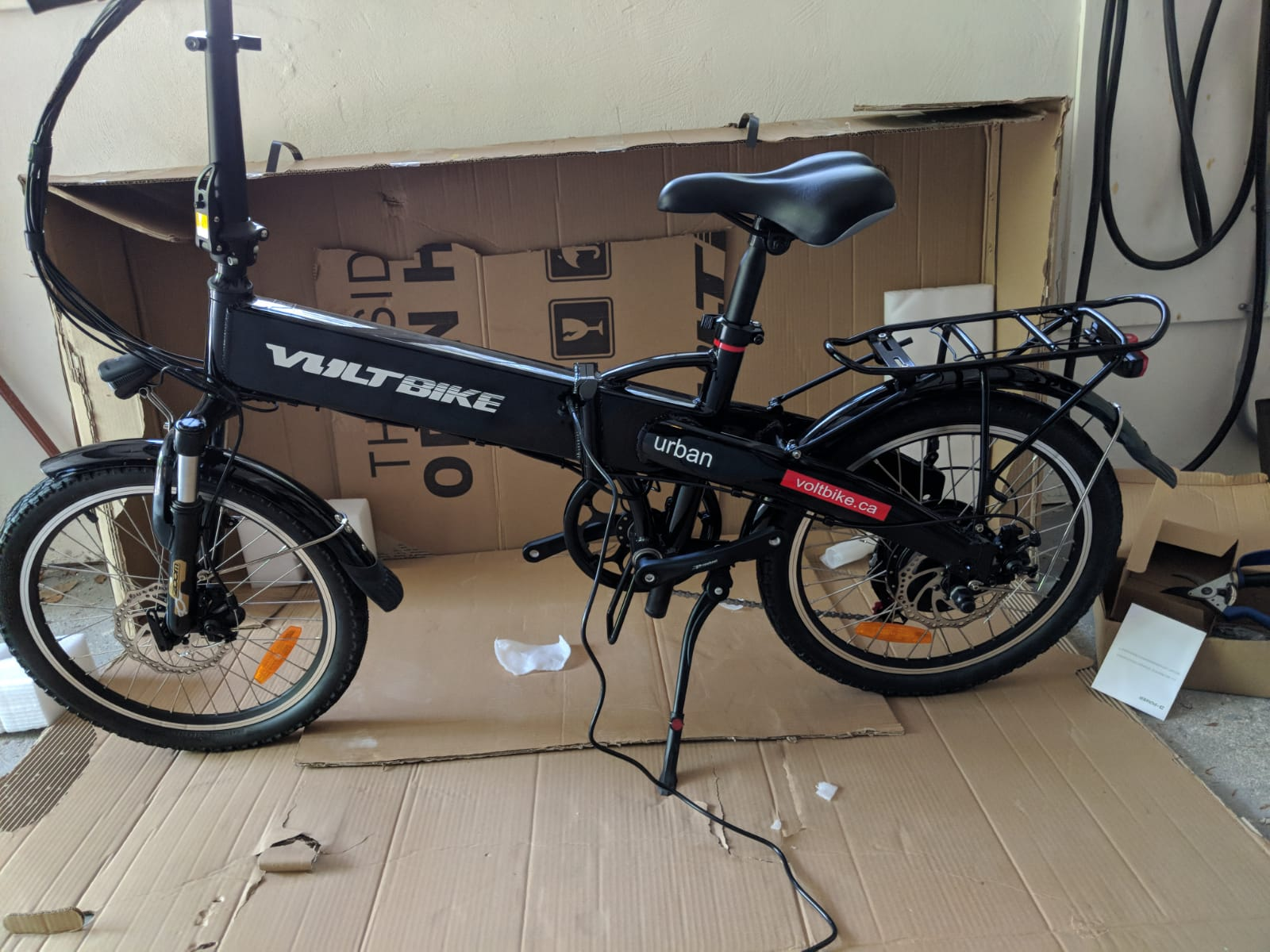 Gadgets w/ wheels and batteries arrive: electric assist bike